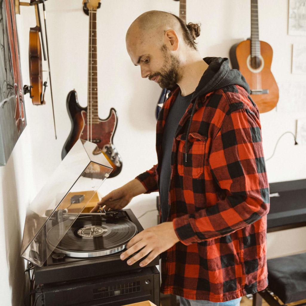 Selrecs - Tom Warrelmann hört Schallplattenmusik